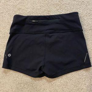 """Lululemon Align Shorts 2.5"""""""